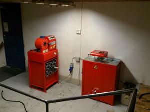 Utstyr for pressing av hydraulikkslanger